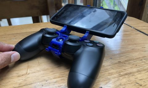 How to Attach Your Phone to Every Type Of Controller